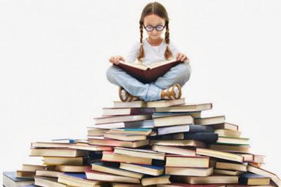 Meisje+op+boeken